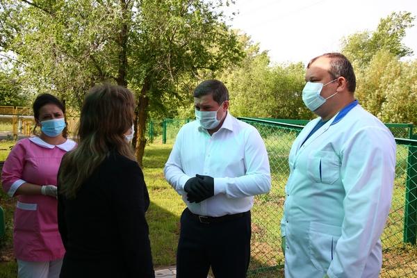 Андрей Бочаров проверил как выполняются поставленные ранее задачи в Ленинском районе