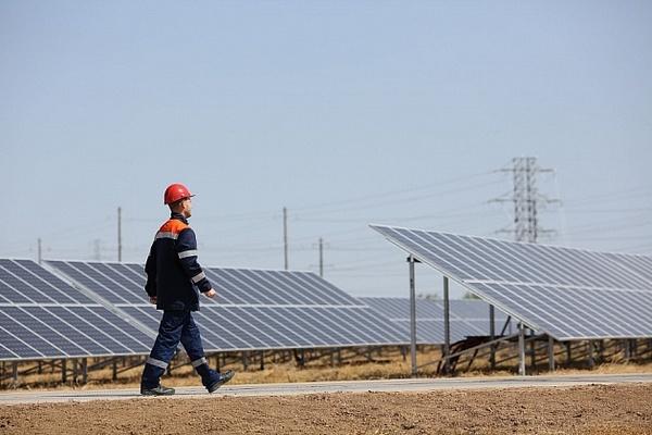 В Волгоградской области построена еще одна солнечная электростанция