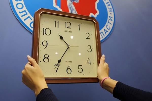 В Волгоградской области начался опрос жителей о местном времени