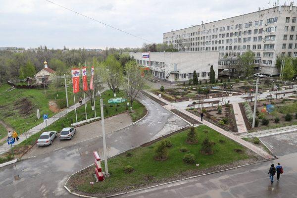 Андрей Бочаров: принято решение построить на базе 15-й больницы современный комплекс скорой медицинской помощи