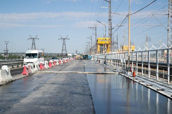 Андрей Бочаров: Движение по всем полосам моста через ГЭС откроют до 1 сентября